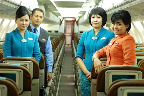 Garuda Indonesia Cabin Crew garuda indonesia airlines cabin crew stewardess
