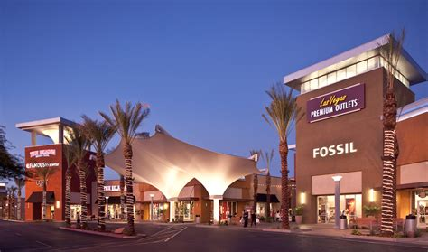 vegaster 7 shopping malls amp luxury boutiques in las vegas
