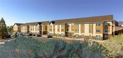 unr housing public private partnership to provide new graduate student housing at university