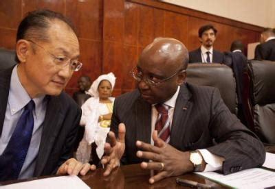 presidente banca mondiale il presidente della banca mondiale jim yong a sx