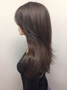 hair cuts different at the top on the back 25 best ideas about layered hairstyles on pinterest