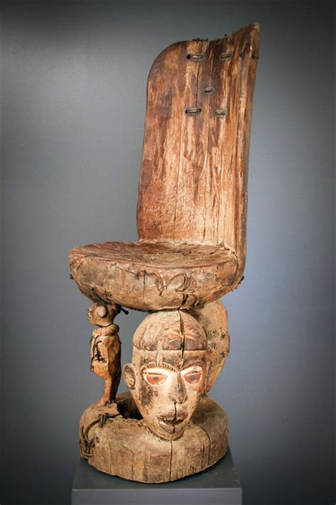 siege africain si 232 ge de sorcier nganga kongo 6233 objets usuels