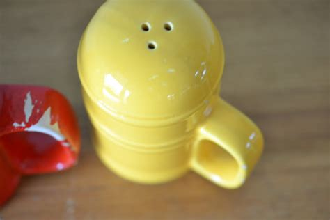 funky salt and pepper shakers vintage large salt and pepper ceramic shakers retro ot9