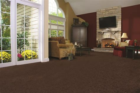 rugs to make room look bigger carpet styles that make small rooms look bigger empire today