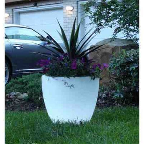 Glow In Planters by How To Make Your Planters Glow In The Do It