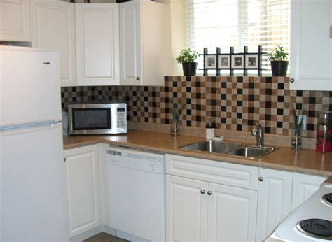 diy backsplash ideas for renters diy quot renters quot backsplash with vinyl tile