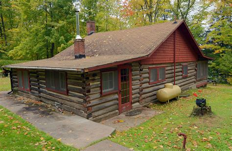 cabin in log cabin vacation rentals in clam lake wisconsin lake