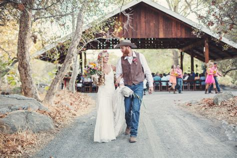 barn wedding venues near bakersfield ca rustic wedding in california by brun