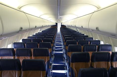 Airlines Cabin Pictures by Business Economy And Southwest The Forward Cabin
