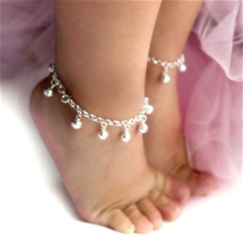 giveaway baby emi jewelry cable car couture