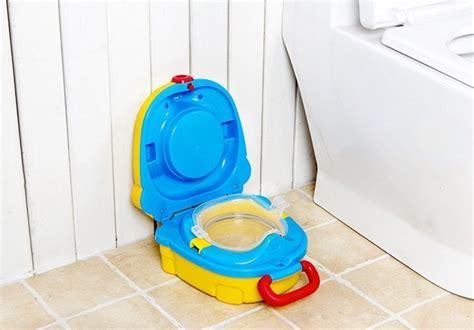 Murah Cushie Traveler Potty Seat Lipat Toilet children foldable portable travel potty chair toilet seat