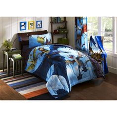 how to train your dragon bedroom how to train your dragon acsessories on pinterest how to