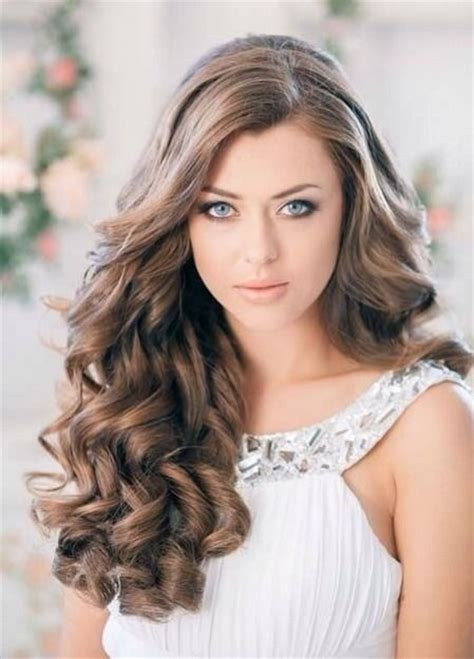 hairstyles for long voluminous hair 12 vouluminous curly hairstyles for long hair pretty designs