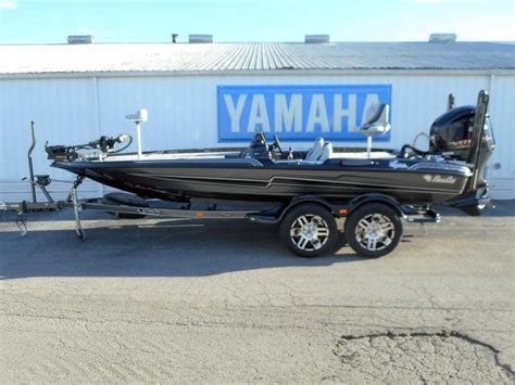 basscat boats 2017 bass cat boats eyra clarksville in for sale 47129