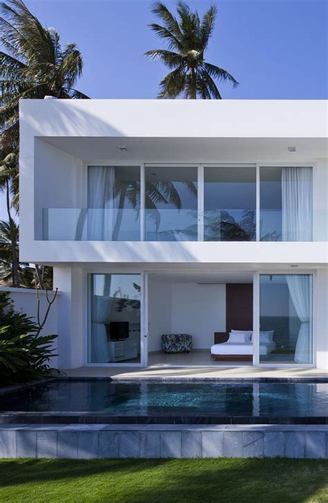 modern mansion beach house architecture 25 best ideas about modern beach houses on pinterest