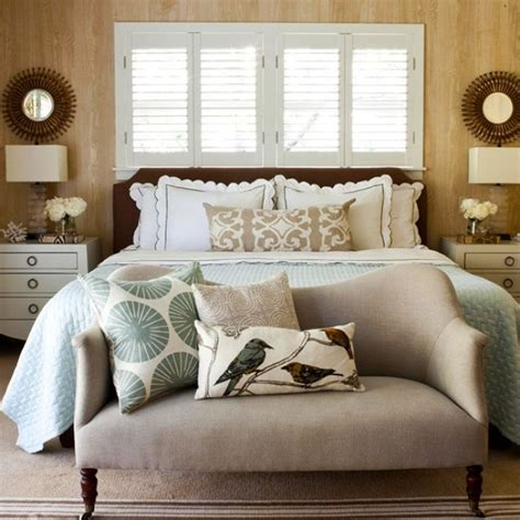 31 Cozy And Inspiring Bedroom Decorating Ideas In Fall Bedroom Colors Decor
