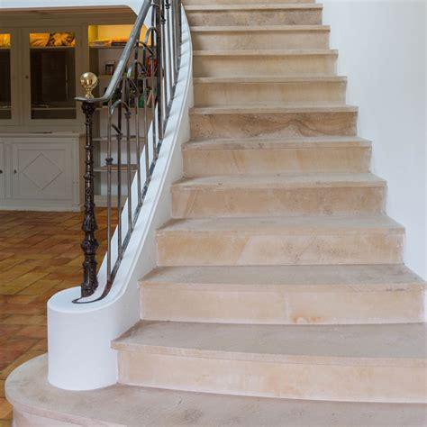 comment rénover un escalier en bois 3852 marche d escalier en