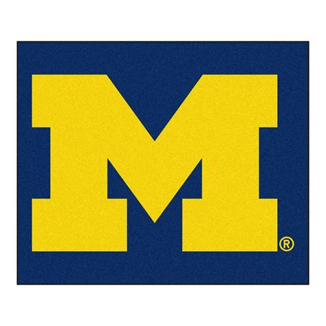 of michigan rug fanmats of michigan 5 ft x 6 ft tailgater rug 3407 the home depot