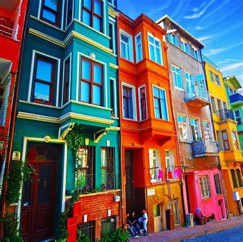 colorfu houses painting post the world s most colorful buildings bored panda