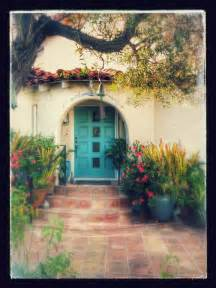 Spanish For Home by Best 20 Spanish Bungalow Ideas On Pinterest Spanish