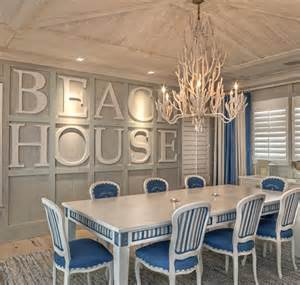Beachy Room Decor Bold Wall Designs In A Florida House Completely Coastal
