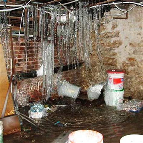 Plumbing Nightmares by 4 Bathroom Plumbing Nightmares That Really Happened