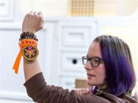 armbanden van reddingsvesten sga vakblad voor schilder - Armband Van Reddingsvest