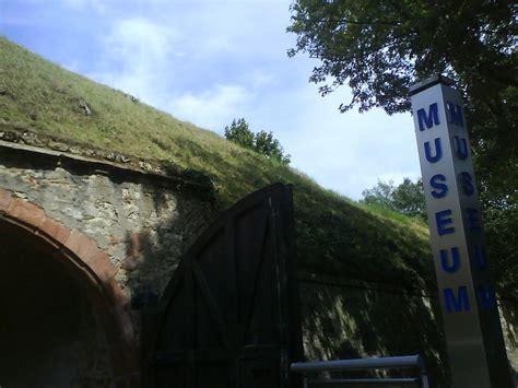 vr bank niedernhausen wallanlage r 252 sselsheim