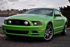 2013 ford mustang drive