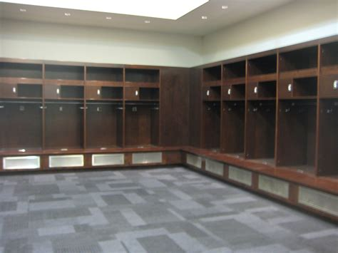 locker room eli manning admits to leaving signature phone number on wall of dallas cowboys locker room