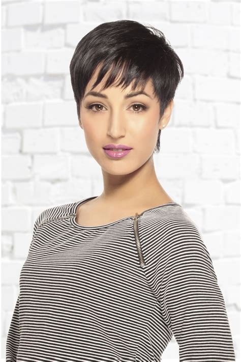 short fringe 1970 hair cuts soft wispy pixie haircut photoshoot 2014 pinterest