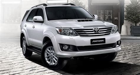 2012 Toyota Fortuner: SUV Version of Facelifted HiLux Makes Asian Debut