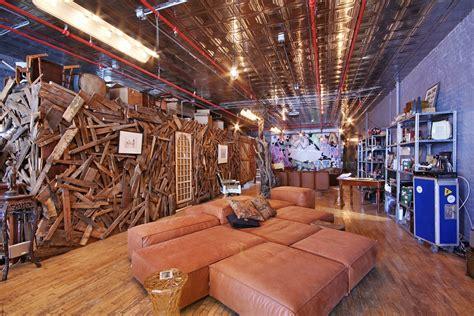 bizarre  million soho loft  giant wood shed sqft