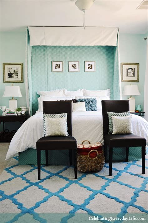 turquoise white bedroom home tour my turquoise and white bedroom celebrating