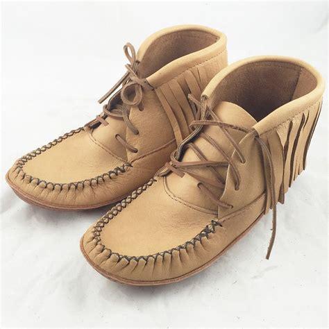 Fringe Moccasins s moosehide fringe moccasins boots size 10 only