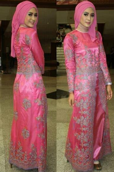 Gamis Brokat Bunga Pink 45 gambar model kebaya muslim modern dan terbaru ayeey