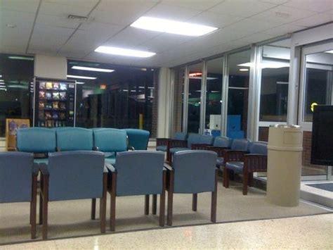 er waiting room emergency waiting room yelp