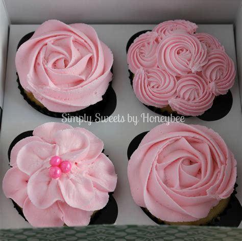 How To Decorate A Cupcake by S Day Cupcakes Tutorial Simplysweetsbyhoneybee