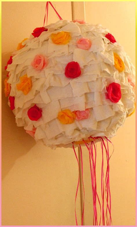 Handmade Pinata - smiling snaps diy cool pinata and facts