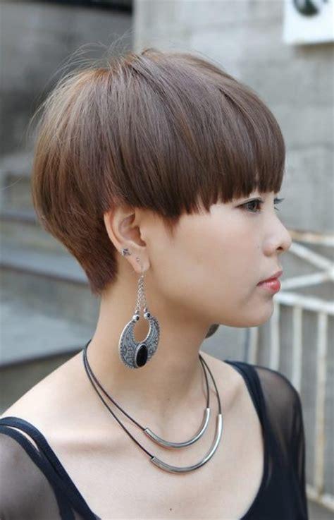Women?s Mushroom Haircut   Haircuts, Hairstyles 2017 and
