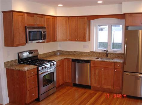 ideas for small kitchens layout best 25 small kitchen layouts ideas on