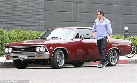 Ben Affleck To Sell Car From Mound by Ben Affleck Tipped To In Of Hit Novel