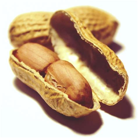 Kacang Almond By Ww Snack free photo peanuts nuts snack nutrition free image