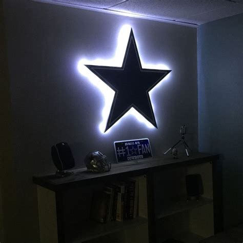 Light Up Signs For Rooms by 75 Best Images About Dallas Cowboys Room Designs On