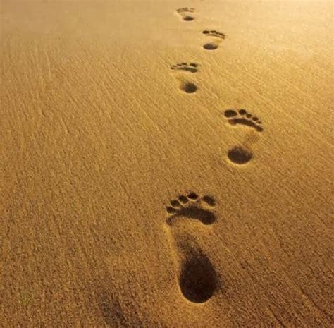 imagenes de dios huellas en la arena oraciones huellas en la arena