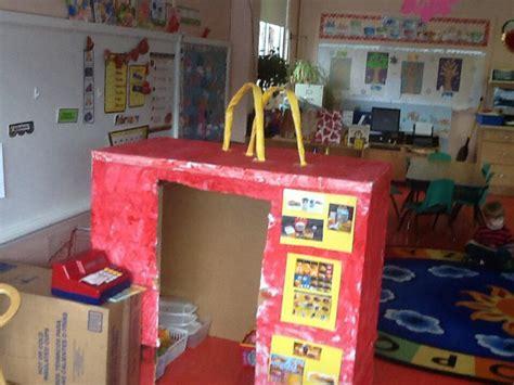 box ideas for kindergarten cardboard mcdonald s dramatic play classroom