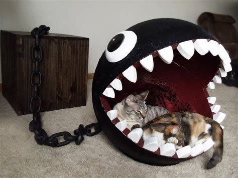 Hello Kitty Rugs For Bedrooms Un Panier Pour Chat En Forme De Chain Chomp Insolite
