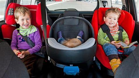 Auto Kindersitz Schmal by Adac Test Diese Familienautos Haben Platz F 252 R Drei Kinder
