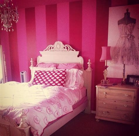 Pink Themed Bedroom - victoria s secret bedroom decor for the secret bedroom my little princess pinterest
