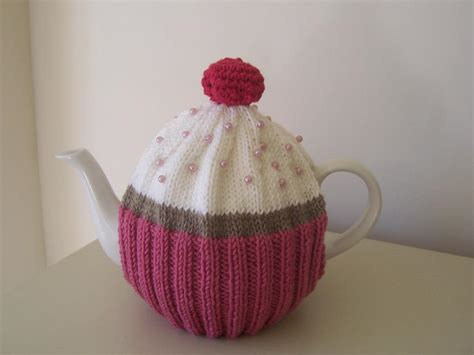 tea cozy knitting pattern quot cupcake quot tea cosy by buzybee craftsy